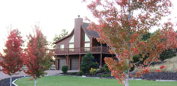 :LUXURY Family Retreat w/private access to Forest!