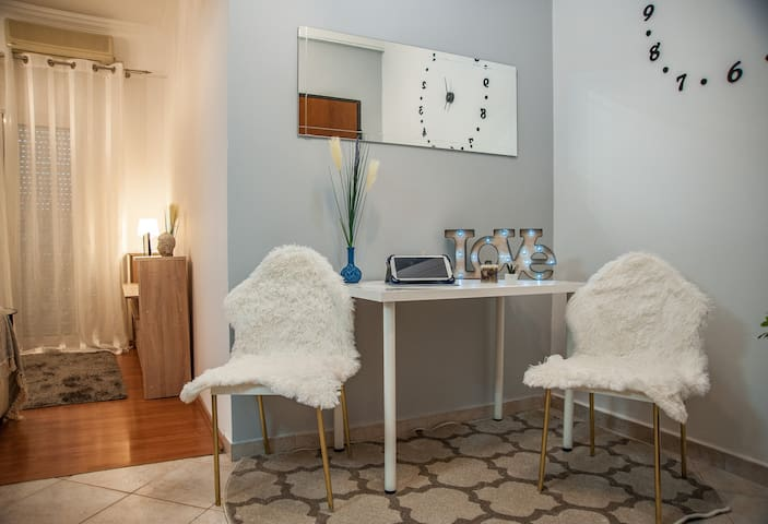 Luxury apartment with Acropolis view