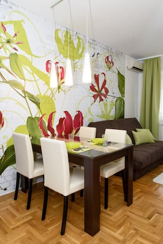 Modern apartment with view on the city - Novi Sad - Wohnung