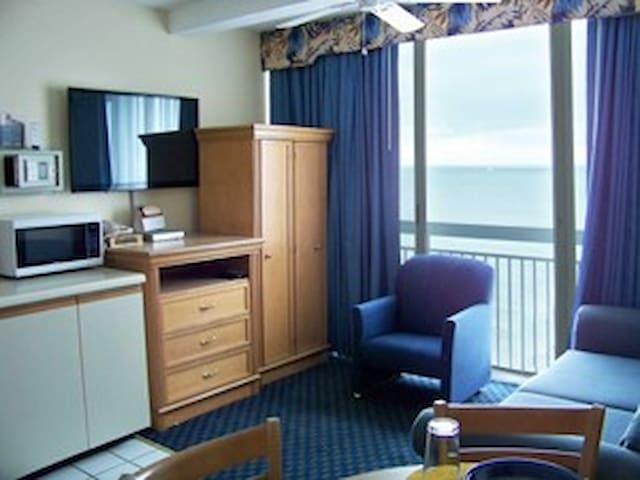 Oceanfront Efficiency Suite, Myrtle Beach