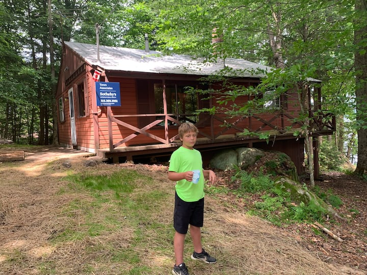 Little Loon Lookout  Fully renovated, waterfront