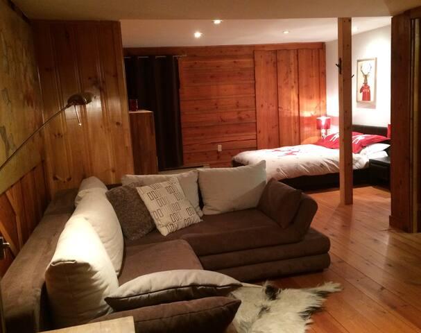 Chambre Sous-sol - Basement bedroom