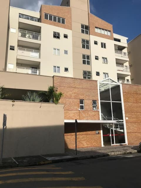 White Apê, apartamento 300 m do centro da cidade