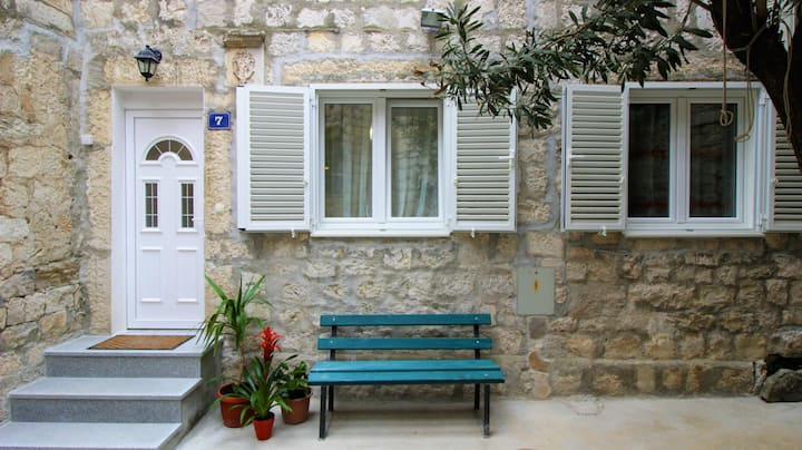 One-Bedroom, Omis town center apartment