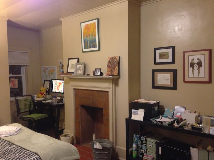 Quaint Studio At An Affordable Price Apartments For Rent