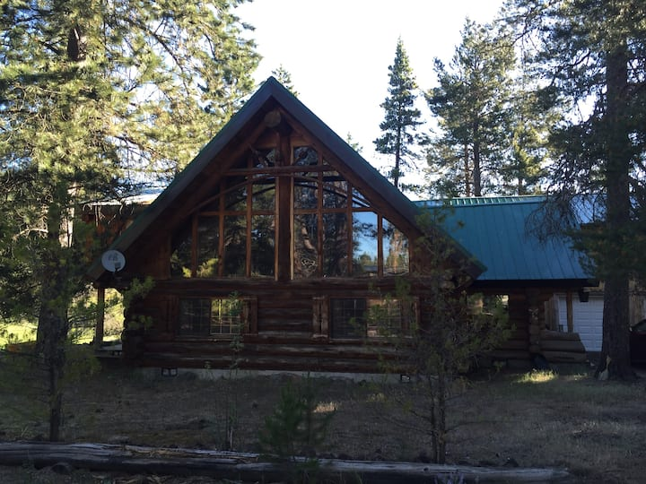 Rustic cabin in Gilchrist