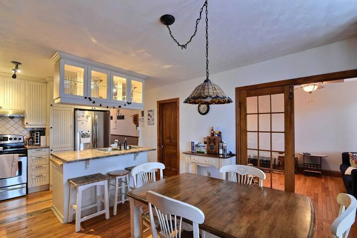 cuisine et portes salon
