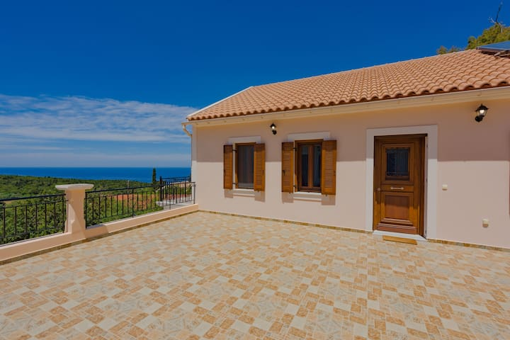 BRAND NEW: Agrilias Sea and Sunset View House