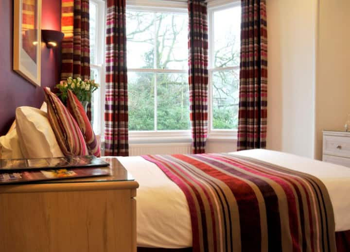St John's Lodge Guesthouse - Superior Double Room (incl off-site health club), Windermere
