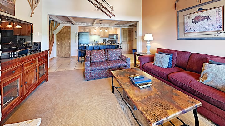 Timberline Condominiums 1 Bedroom Loft Unit D3B