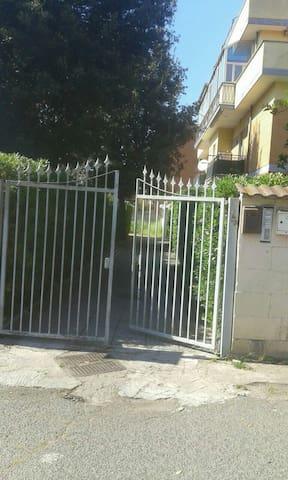 Appartamento a Lavinio - Anzio - Lägenhet