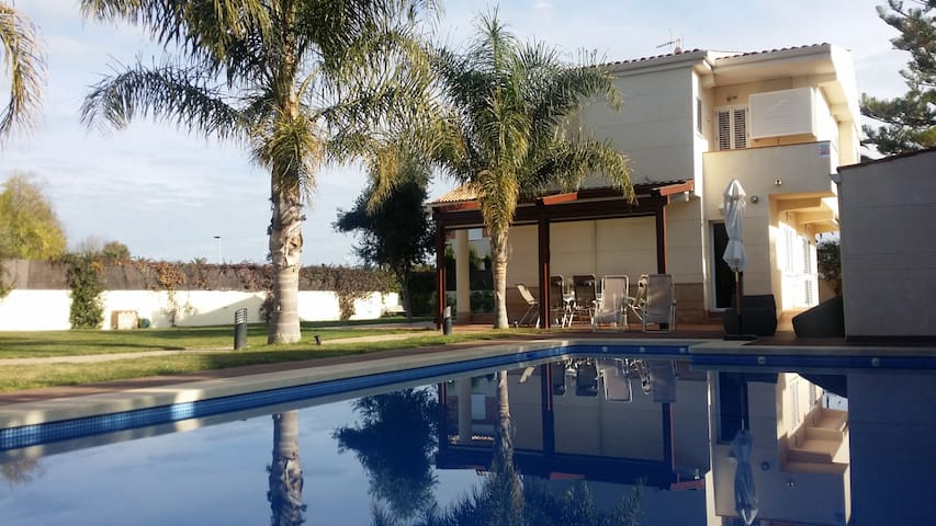 House near the Beach with Swimming Pool & Garden - Almardá - Chalet