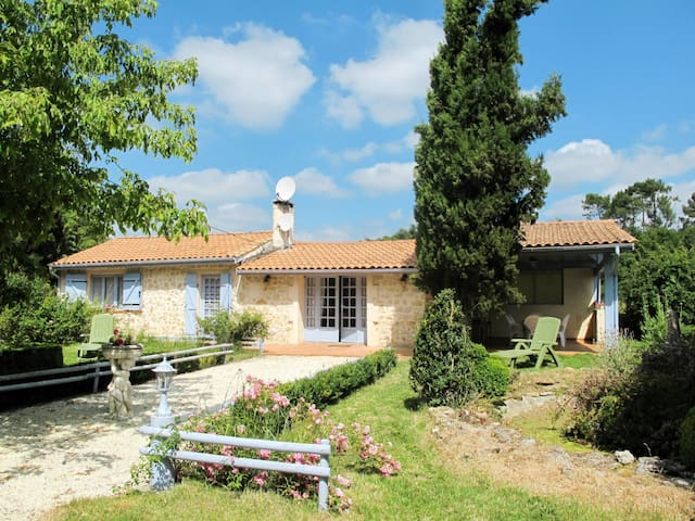 Holiday house for 6 persons in Gaillan-en-Medoc