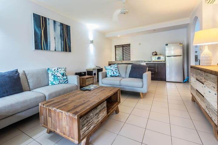 One Bedroom Apartment with Courtyard