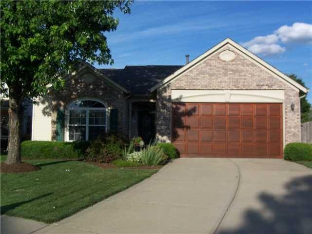 Quiet, cozy, & comfortable retreat in Fishers!