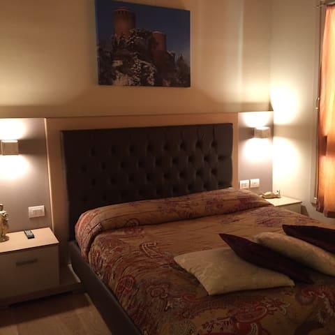 Modus Vivendi. Apartamento per quattro persone.