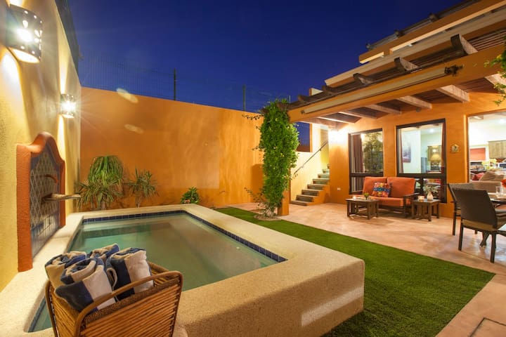 The small private pool is refreshing on hot summer afternoons, and you can turn on the heater for chilly evenings. Clean beach towels are provided poolside.