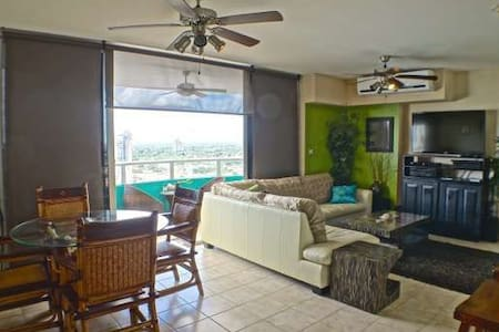 Beautiful Beachfront Condo - Gorgona, Panama - Nueva Gorgona - Wohnung