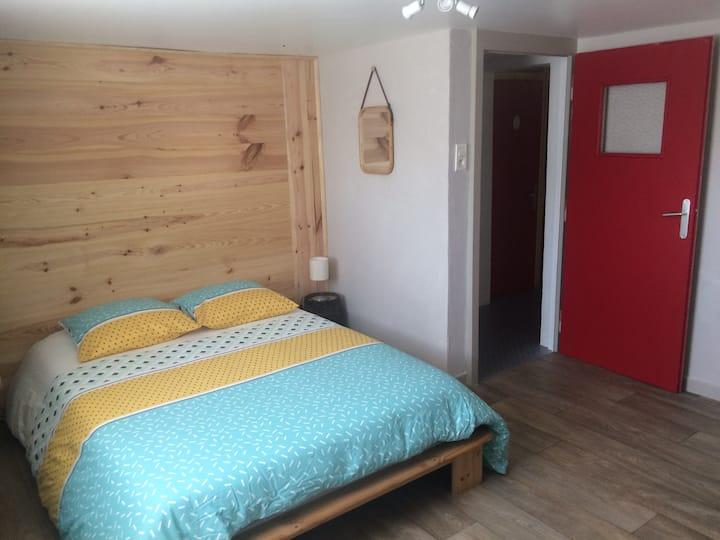 Belle chambre avec sdb et entrée privées