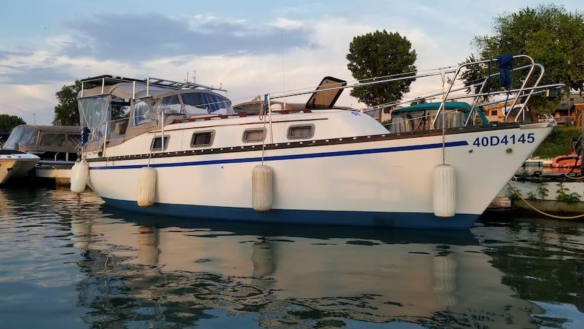Voilier 27' ''sur'' le Fleuve St-Laurent