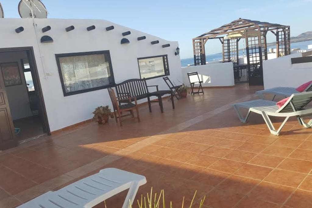 Sea mountain view 2 bedroom apartment apartments for rent in har a canarias spain for Mountain view 2 bedroom apartments