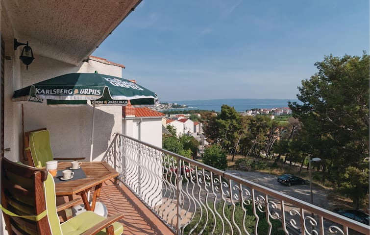 Holiday apartment with 2 bedrooms on 70m² in Split