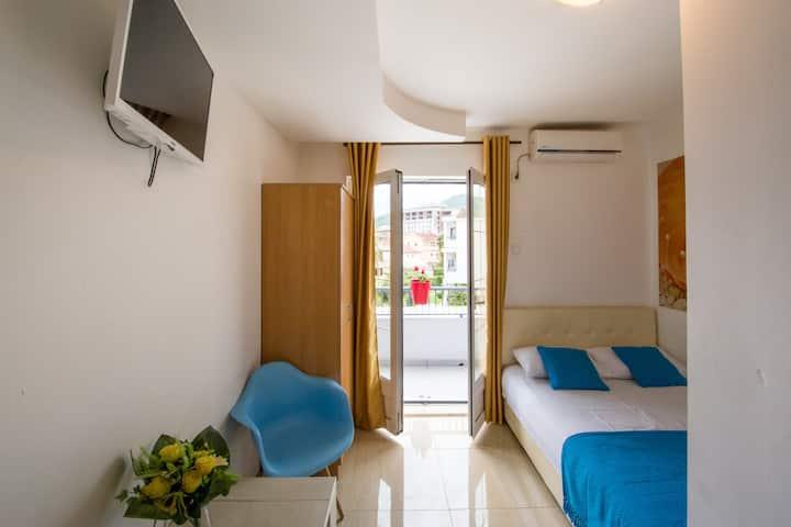 Room 12 Villa D&B Budva, Montenegro