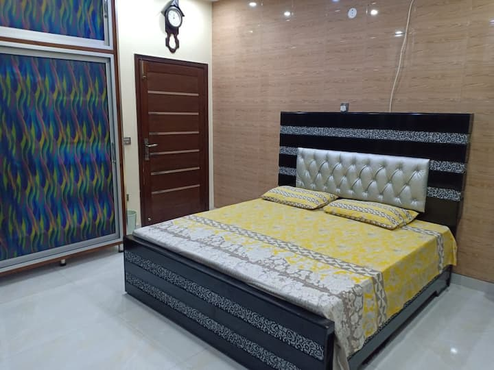 Furnished Portion For Families Luxurious Stylish