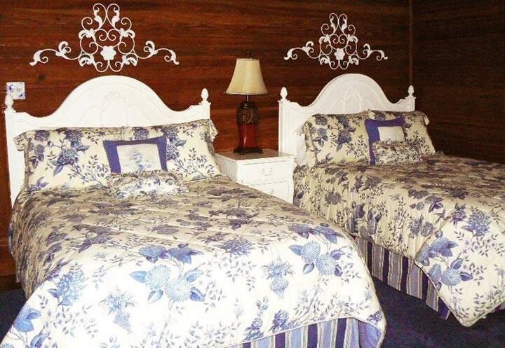 Waverly Room