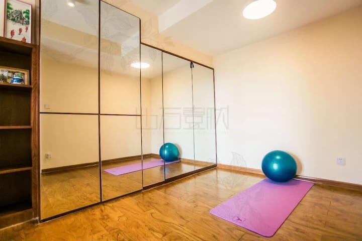 瑜伽室(Yoga)