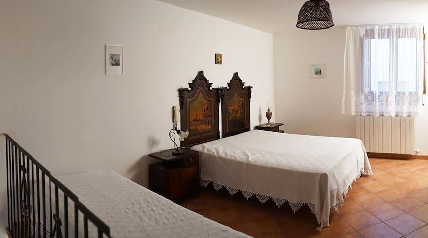 Casa della Giudecca, cozy house in the old village
