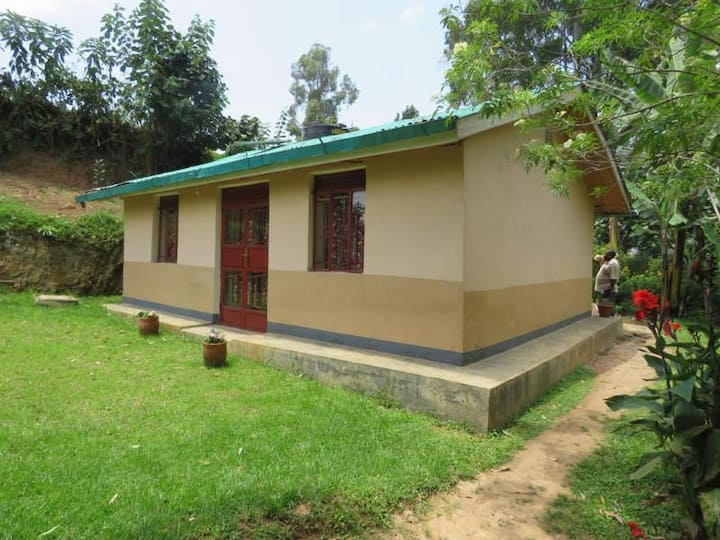3 Bedroom Cottage, Itambira Island, Lake Bunyonyi