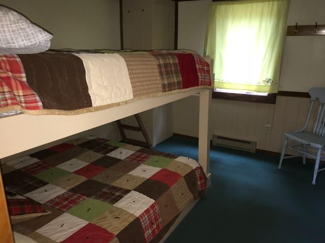 Queen bunk beds in smaller bedroom