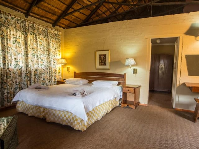 Hebron Haven Hotel - Double With Bath Only