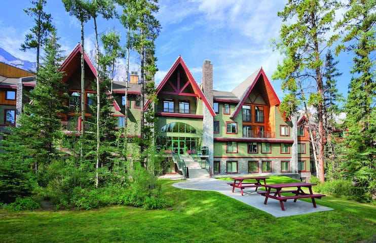 Great studio condo in Canadian Rockies resort - Canmore