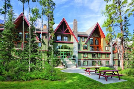 Great studio condo in Canadian Rockies resort - Canmore - Teilzeitwohnung