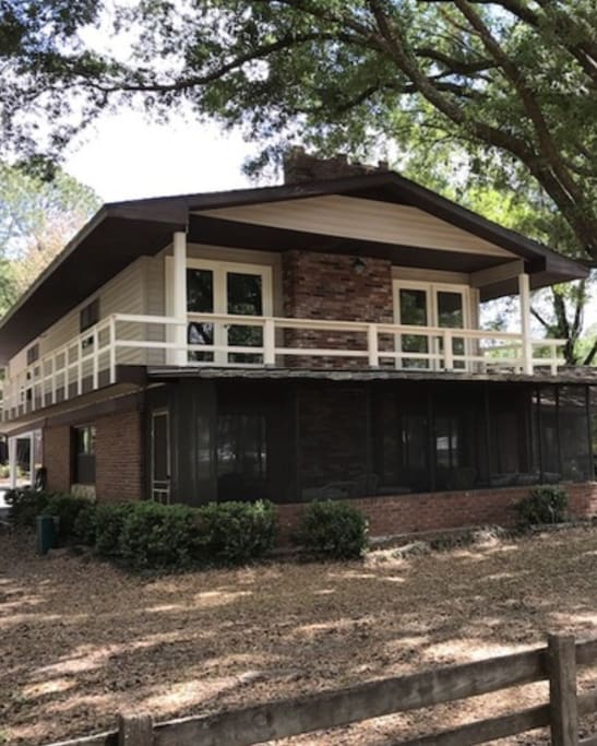 Comfortable home with large sreened porch