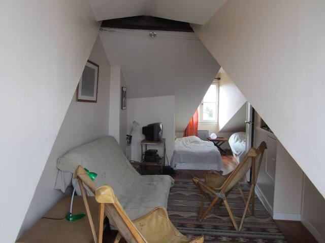 Chambre dans un Apartement