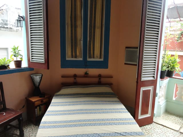 Hostal Balcones Villegas Room 2