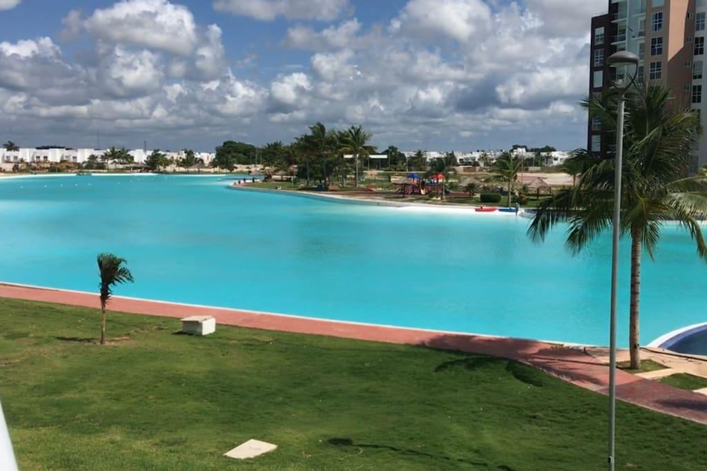 Hermosa vista de la laguna