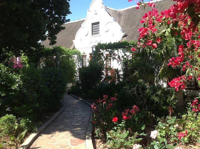 Wittedrift Manor House - Magestic homestead