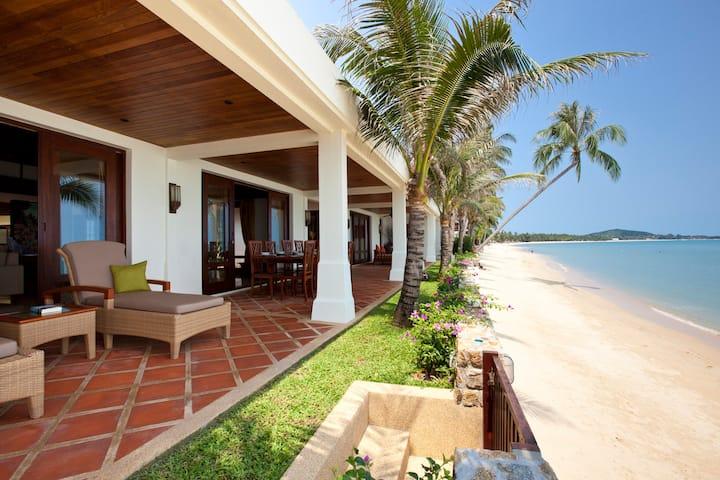 ⭐️⭐️⭐️⭐️⭐️ Full Beachfront Villa 4 BDR. Maenam