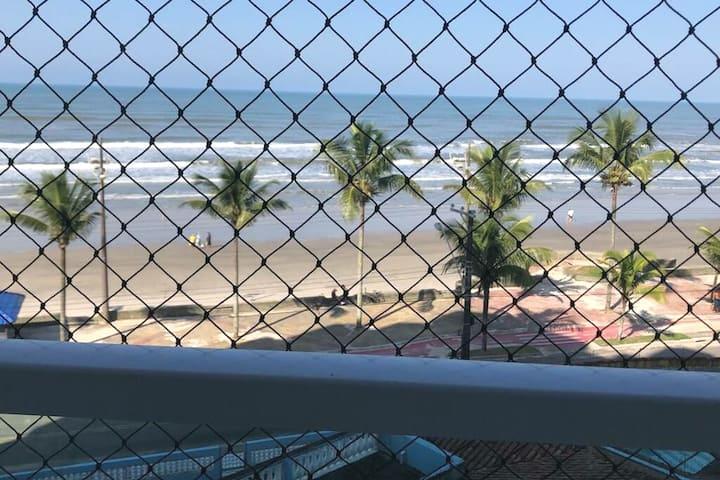 Apto Jd. Praia Grande - Mongaguá | Vista p/ o mar