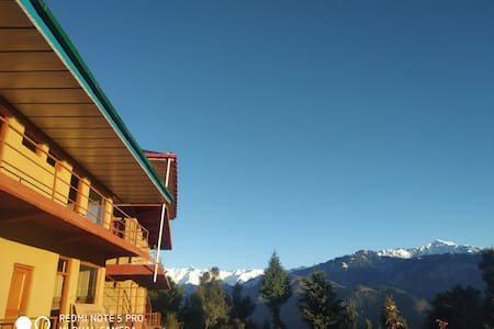 Colonel's BAROT Highland Retreat  Executive 101