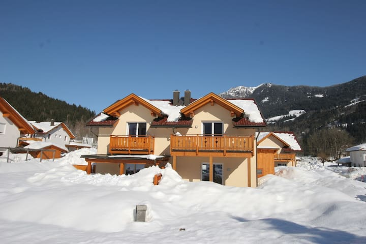 Spacious Chalet near Ski Slopes in Kotschach-Mauthen
