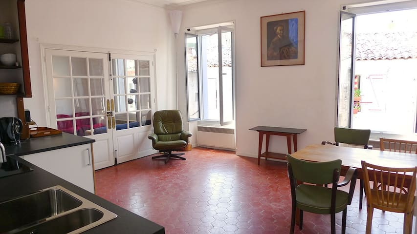 Apartment (86m2) in historic Town House