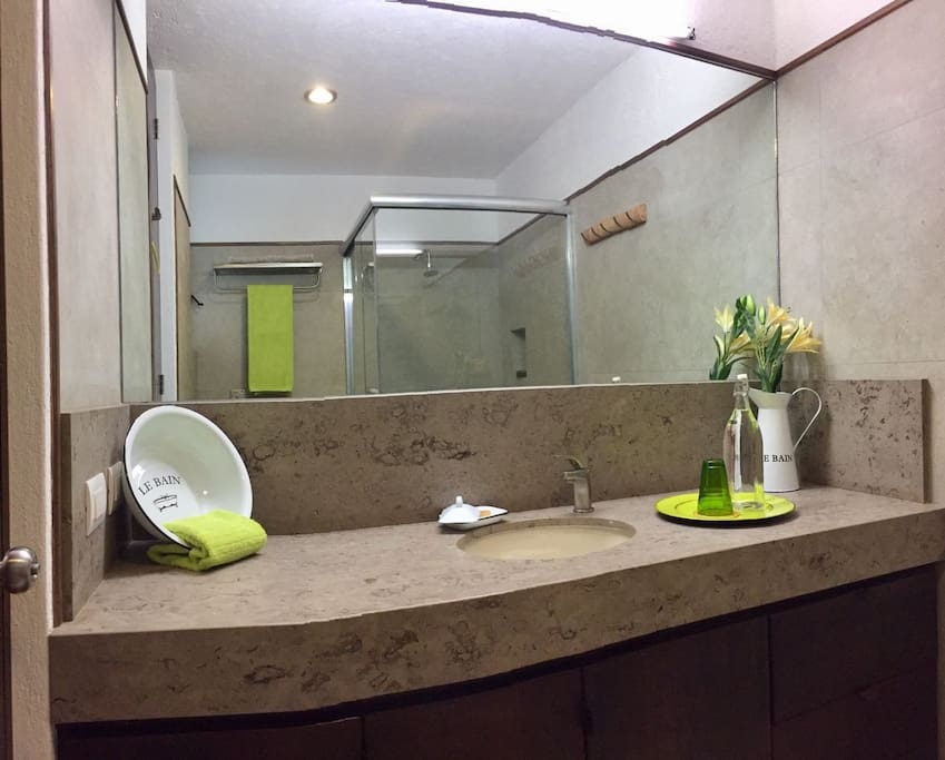 Modern brand new bathroom with lovely details for you to enjoy!