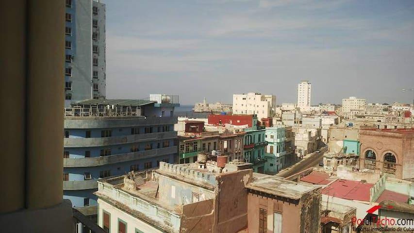 Renta de habitación en Galeano: Casa Maricela - Havana - Casa