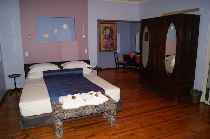Large Luxury Room