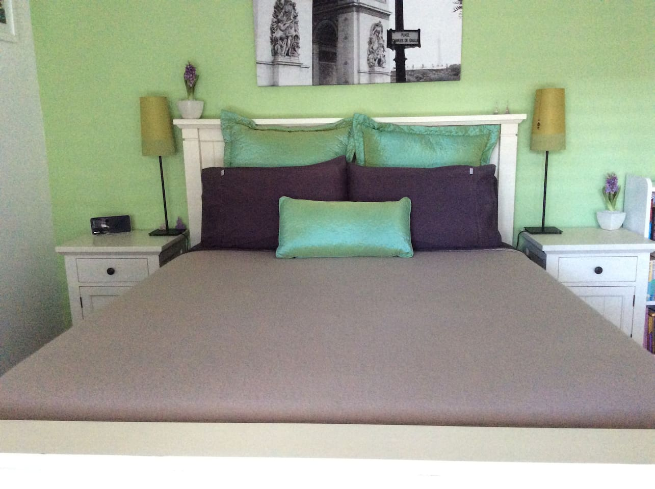 Bright and comfortable bedroom with Queen size bed.